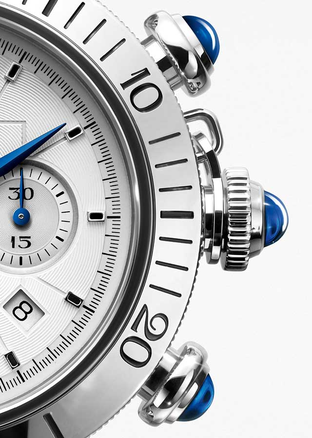 Cartier-pasha-chronograph-esquire-watch-review-crown